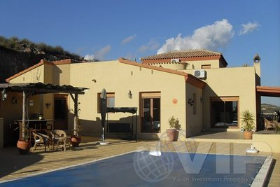 4 Bedrooms Bedroom Villa in Bedar