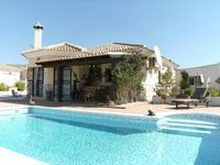 Villa en Arboleas