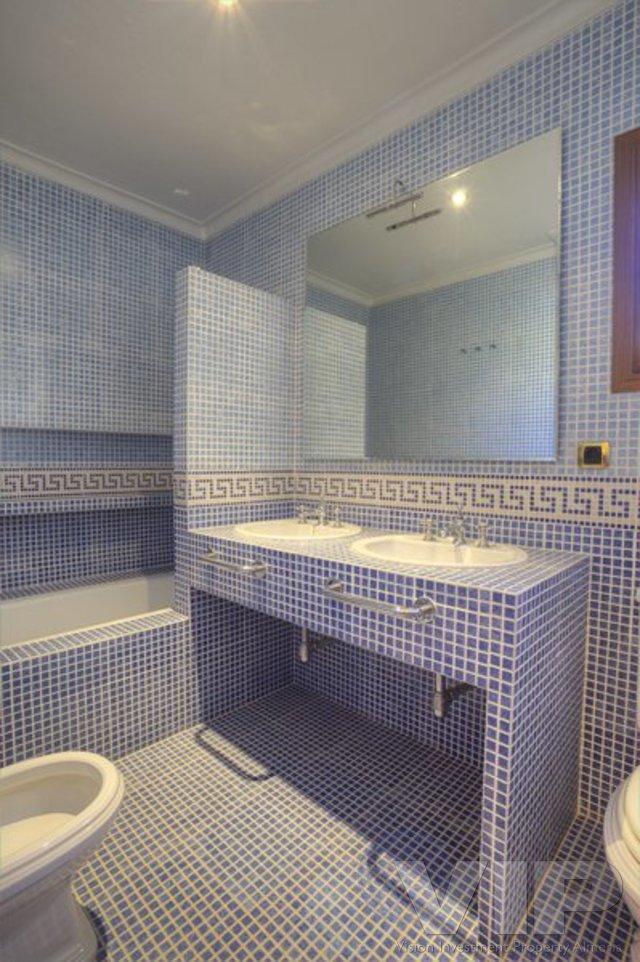 VIP5081: Villa zu Verkaufen in Desert Springs Golf Resort, Almería