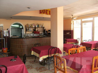 VIP6013: Commercial Property for Sale in Mojacar Playa, Almería