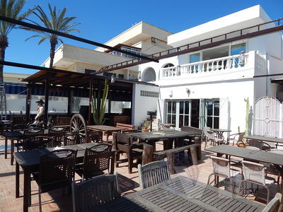 VIP7000: Commercial Property for Sale in Mojacar Playa, Almería