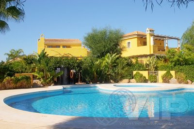VIP7083: Villa à vendre en Desert Springs Golf Resort, Almería
