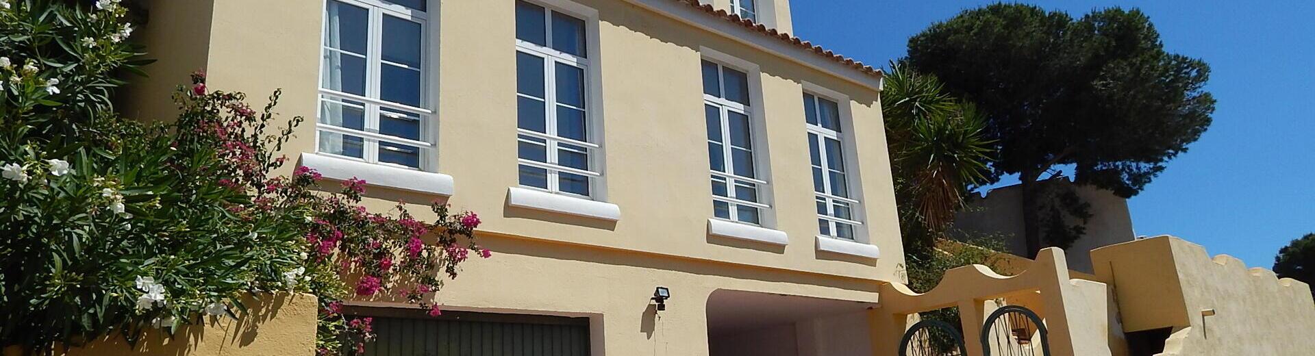 VIP7406: Villa for Sale