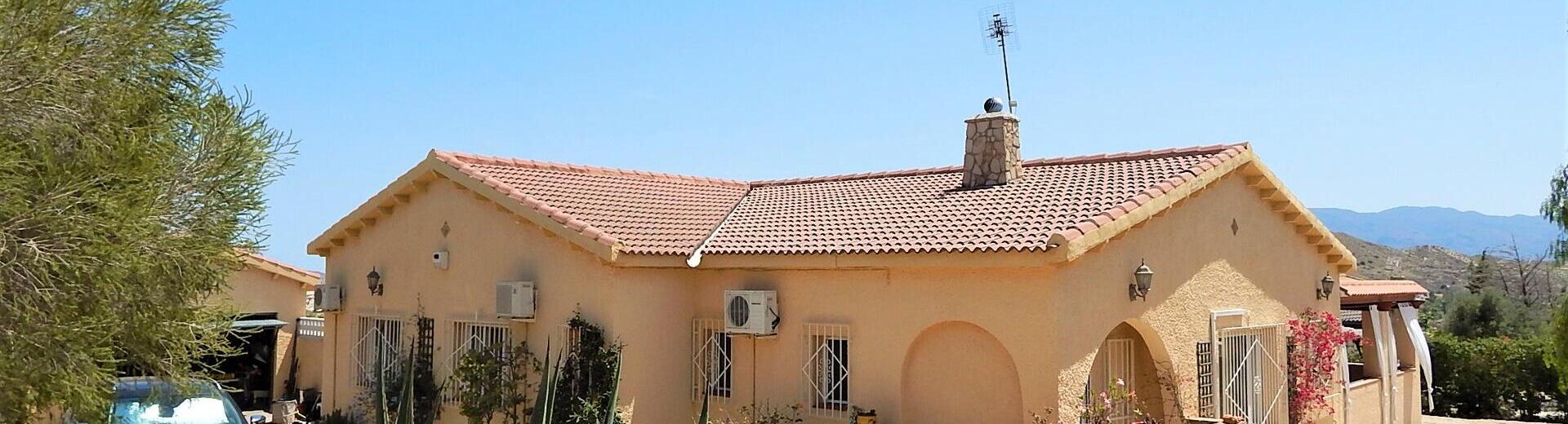 VIP7594: Villa for Sale