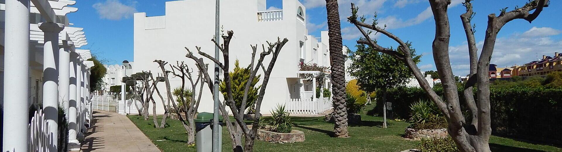 VIP7617: Rijtjeshuis te koop