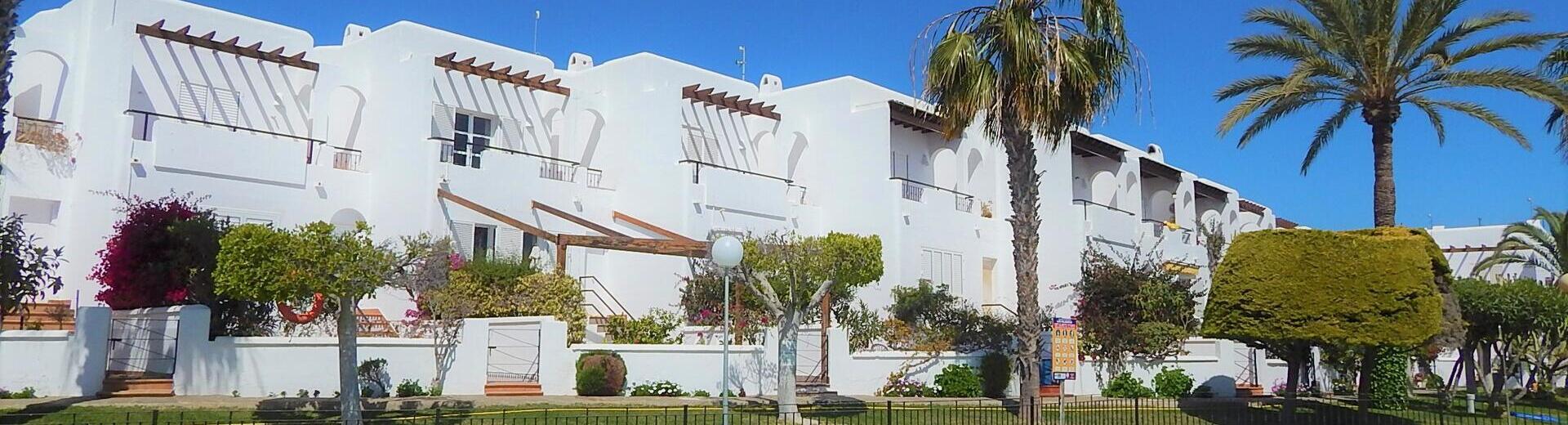 VIP7711: Rijtjeshuis te koop